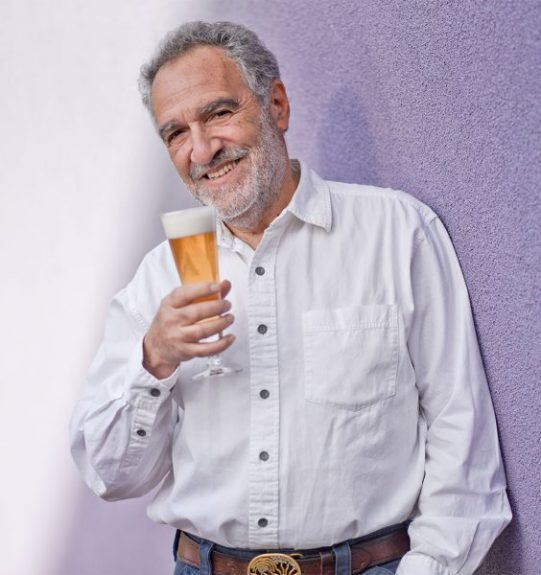Brewers Association announces founder, Charlie Papazian, to exit org. in January, 2019